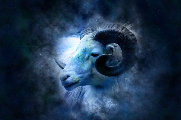 horoscope-639126_640